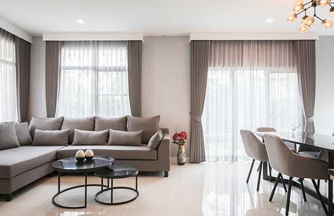 Rèm vải phòng khách nhà phố Quận 12
